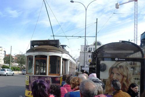 Le terminus du tram 28 à Martim Moniz
