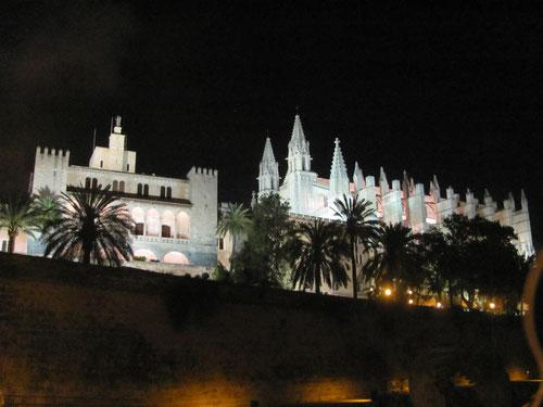 La cathédrale et le palais de l'Almudaina