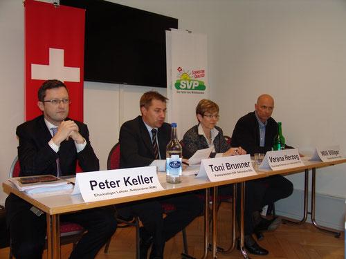 Medienkonferenz der schweizerischen SVP zum Lehrplan 21. Februar 2014