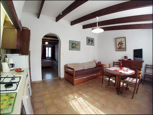 Accomodation at Six Fours - Var