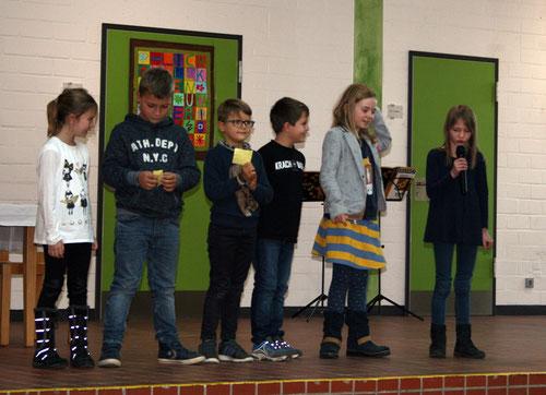 Kreative Gedichte der 2. Klasse (Akrostichon, Rondell, Elfchen, Haiku)