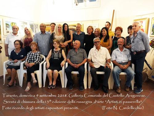 Foto ricordo degli artisti espositori ( Foto di Pasquale Raffo )