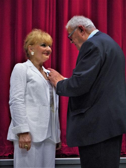 Remise de la médaille de l'Ordre National du Mérite par le sénateur Daniel CHASSEING
