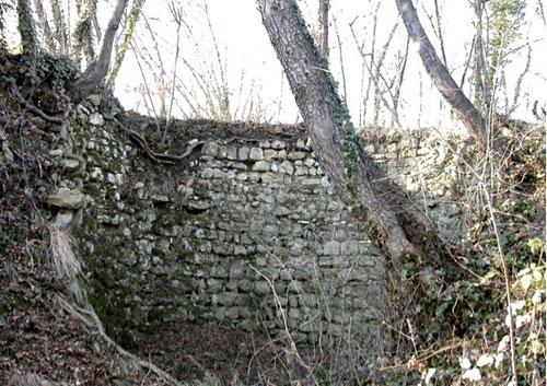 PEDEMONTANA DEL GRAPPA, cisterna a Col Muson
