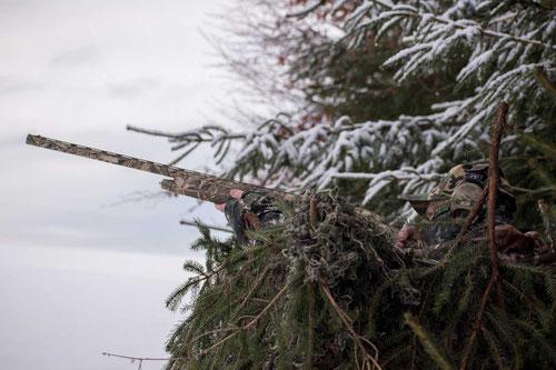 Tarnschirm im Winter bei der Krähenjagd