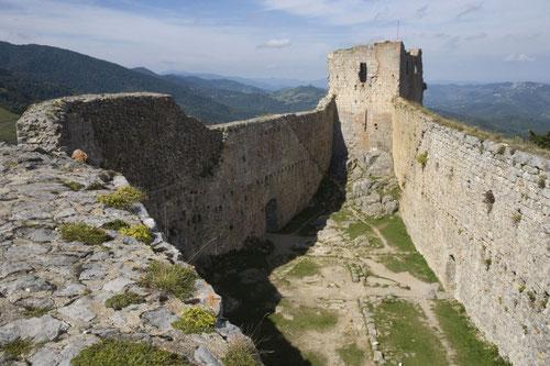 Поездка в замок  Монтсегур, экскурсия в Монтсегюр, гид по югу Франции