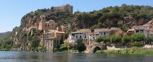 Южная Каталония, река Эбро, Тортоса, замок Миравет, монастырь Поблет, дельта Эбро