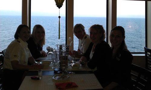 Elke, Simone, Julia, Marika und ich