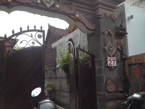 Pak Sirkus House - Jalan Pantai Berawa 27 - Canggu - BALI
