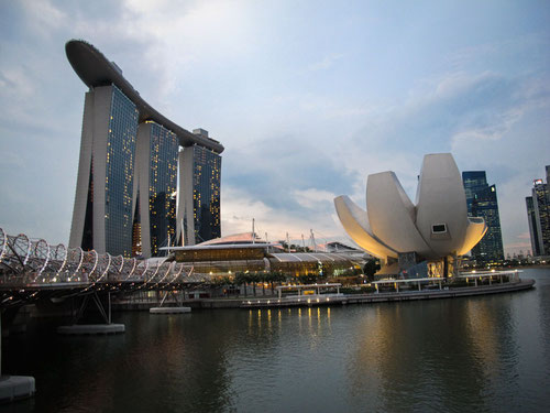 Singapore - Marina Bay al tramonto (Photo by Gabriele Ferrando)