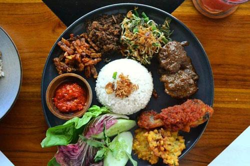 Nasi Campur, ULEKAN - Bali (Photo by ULEKAN)
