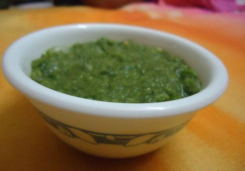 Ricetta del Chutney di menta o coriandolo (Photo by Pduaroxxx)