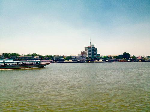 Chao Phraya River, il fiume di Bangkok (Photo by Gabriele Ferrando)