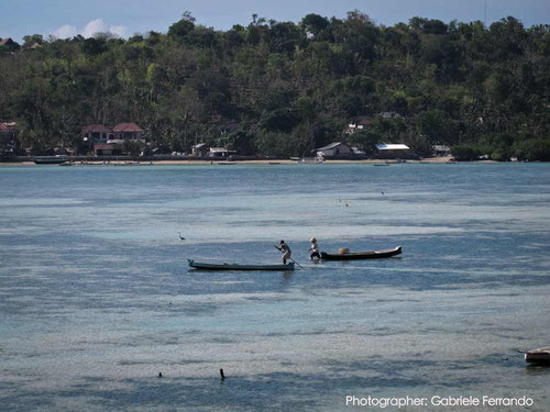 Lo stretto di mare tra Nusa Lembongan e Nusa Ceningan - Bali