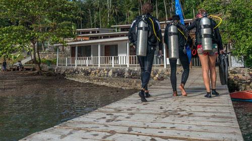 Pronti per le immersioni al Thalassa Dive Resort a Lembeh, North Sulawesi - Indonesia (photo by Thalassa)