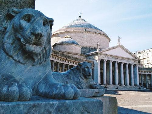 Piazza del Plebiscito a Napoli (Photo by Gabriele Ferrando)