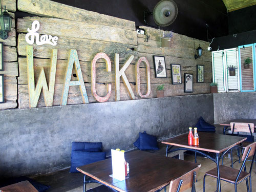 Wacko Burger Cafe in Jalan Drupadi a Seminyak (Photo by Gabriele Ferrando)