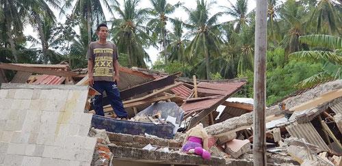 Le macerie dopo il terremoto di Lombok del 5 Agosto 2018 (Photo by Agung Siaga Community)
