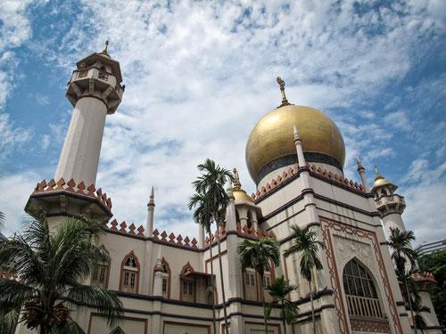Masjid Sultan, la Moschea del Sultano nel quartiere di Bugis a Singapore (Photo by Gabriele Ferrando)