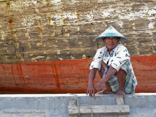 Un vecchio portuale a Sunda Kelapa - Jakarta (Photo by Gabriele Ferrando)