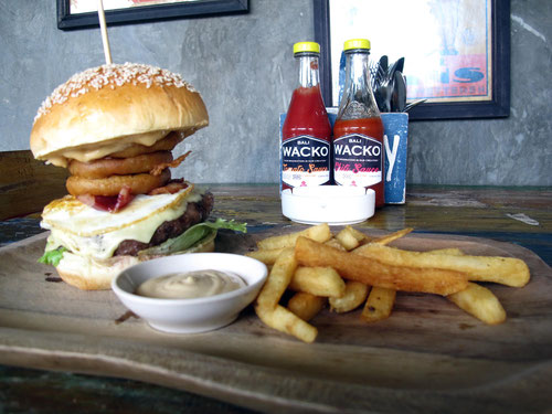 Il buonissimo DOWN UNDER BURGER al Wacko Burger Cafe (Photo by Gabriele Ferrando)