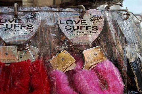 überfluss/love cuffs 2010