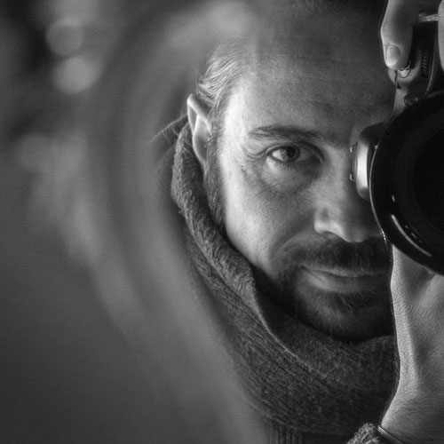 Daniel Vonwil Fotograf Videograf BlendeX Selbstportrait im Spiegel