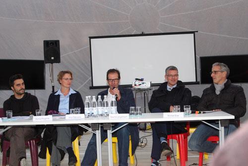 V. l. n. r.: Sascha Kellermann, Bianka Pergande, Arno Makowsky, Sascha Langenbach, Michael Elias.