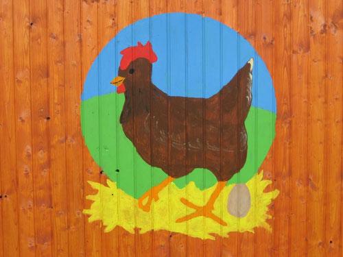 Logo auf dem Hühnermobil