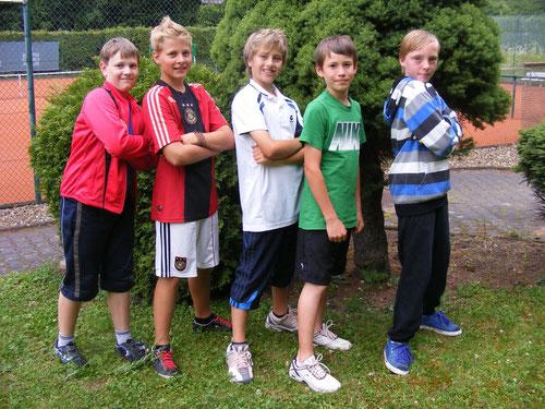 U12-Juniorenmannschaft: von links nach rechts: Jannis Dutzi, Piet Fleige, Robin Knapp, Joscha Lemle, Robin Faulhaber. Es fehlen: Hasan Bayrak, Elias Backof, Julian Winkler