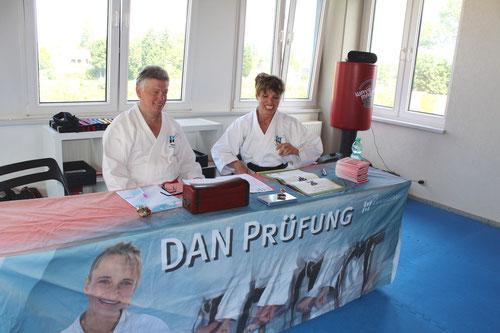 Dan-Prüfung im Karate Kollegium Deutschland in Hannover