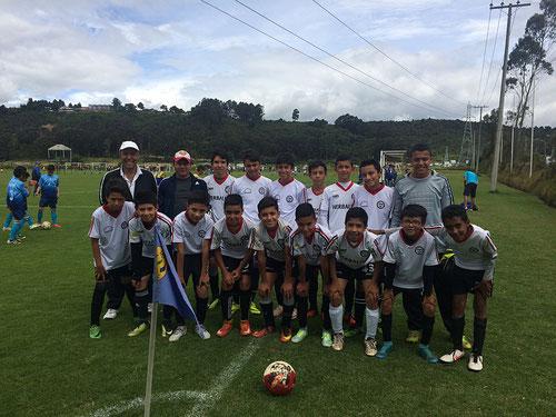 Equipo Infantil de San Pablo en Maracaná 2017, victoria 1-0 sobre CD Olimpia