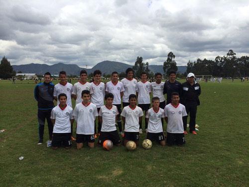 Equipo Pre-juvenil de San Pablo en Torneo de Maracaná  2014