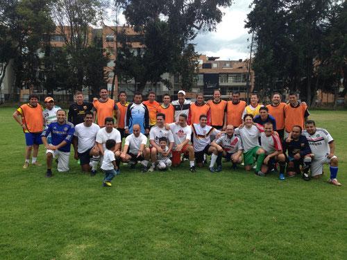 Equipo padres de familia de la Escuela de fútbol San Pablo, Octubre 2013