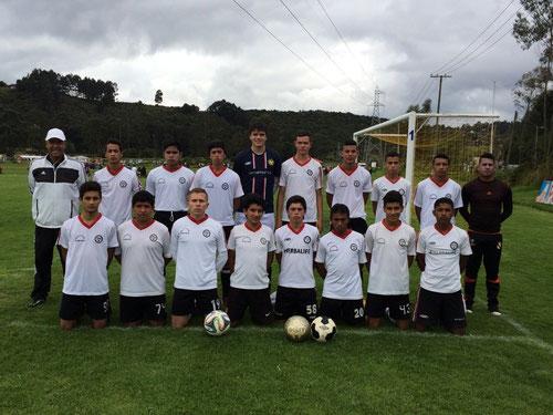 Equipo Juvenil de San Pablo en la victoria 3-1 sobre Millonarios, Octubre 19 de 2014 en el Torneo de Maracaná