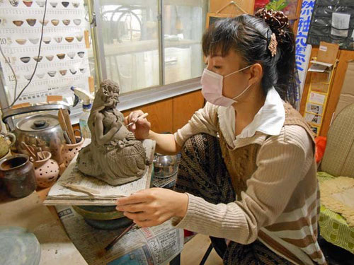 楽々土像 彫塑制作…立花 雪   炎と楽園のアート      YukiTachibana