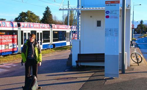Aujourd'hui : un couvert au terminus du tram 14