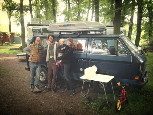 Auf dem Womo-Stellplatz in Eystrup kreuzen sich unsere Wege! (War schön euch wiederzusehen!!! Bis bald - in Eystrup? Wer weiß... ;-) )