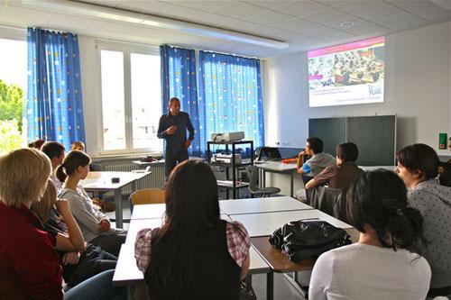 """Im Rahmen des Projekt-Tages """"Nachhaltigkeit"""" führte Stefan Rötzel einen Workshop durch."""