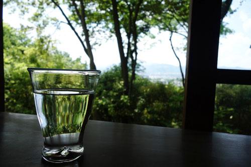 吉田山山頂付近のカフェ茂庵にて