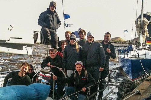 Die erfolgreiche Crew der Scho-Ka-Kola in Edinburgh (Hauke in der hinteren Reihe  links) - Foto: yacht.de