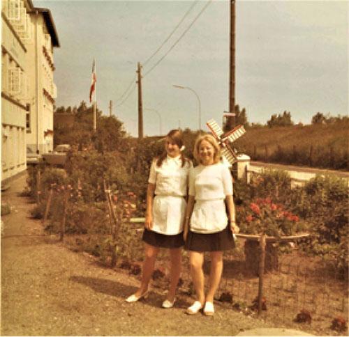 Heidi Helminen (rechts) und Helena Närvanen in Dahme 1971