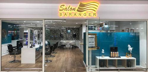 Agencement magasins technibois menuiserie trichereau for Salon de coiffure st hilaire