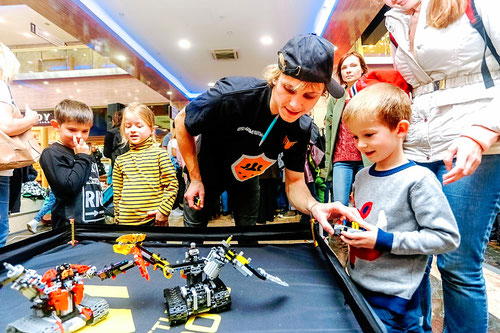 битва лего роботов на детский праздник день рождения ребенка