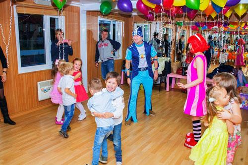 аниматоры спортакус и стефани из лентяево на детский праздник день рождения ребенка