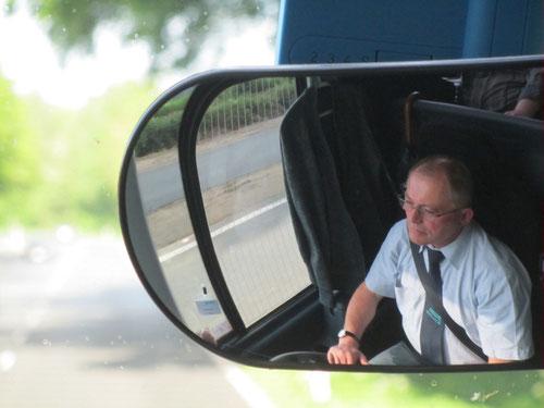 Busfahrer Theo Breimhorst lenkte uns sicher und bequem - Danke!