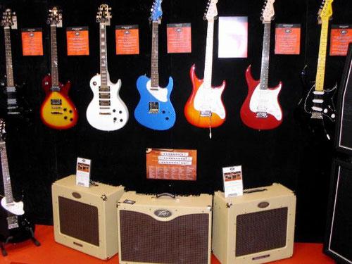 E-Gitarren & Gitarrenverstärker auf der Musikmesse 2014 am Stand der Fa. Peavey