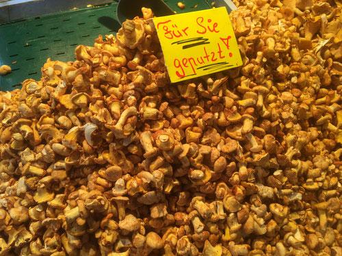 Rezept, Pfifferlinge, Zutaten, Gewürze, Pilze, Markt