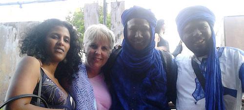 la très belle Toulou Kiki présente au concert de Sahara Rocks !