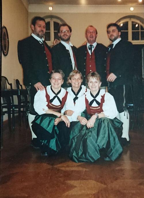 Tennengauer Sängerinnen & SMQ -  ANNO Neunzehnhundert...